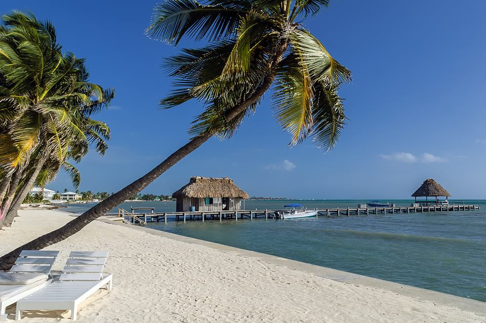 Why Americans Should Travel to Belize Right Now